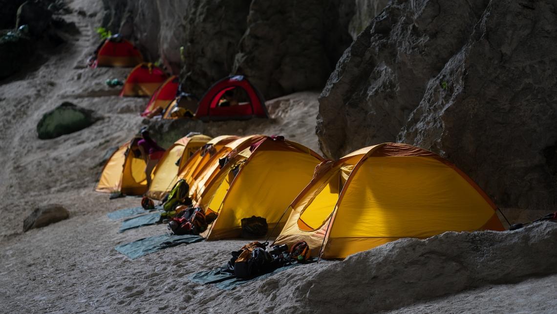 Camping dans Hang Son Doong