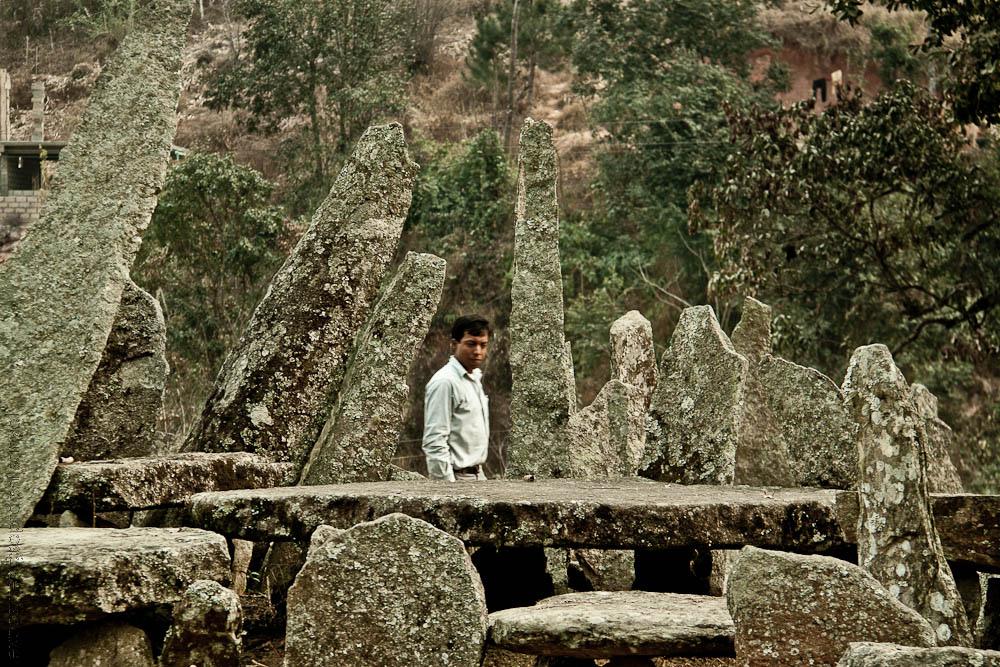Monolithe Nartiang, Inde